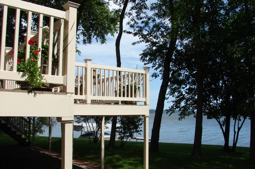composite, capped composite, and PVC decks are a smart choice for low-maintenance decking material.